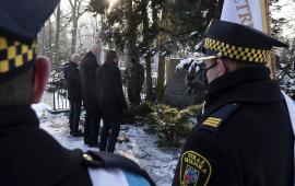 warta i delegacja przy grobie Ottona Steinborna