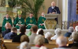 Na zdjęciu: prezydent Zaleski podczas mszy świętej
