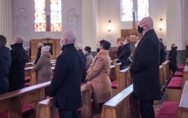 Na zdjęciu prezydent Michał Zaleski w kościele podczas mszy św. pogrzebowej