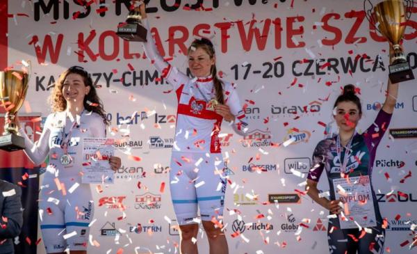 Karolina Karasiewicz na najwyższym podium