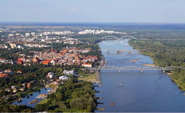Widok na Toruń i Wisłę z lotu ptaka od strony Bydgoskiego Przedmieścia, fot. MIchał Kunicki