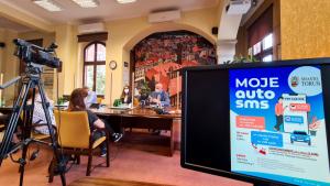 Na zdjęciu: konferencja prasowa z udziałem prezydenta Michała Zaleskiego