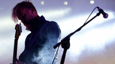 Na zdjęciu: Tomasz Organek podczas koncertu
