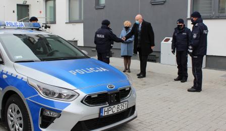 nowy samochód toruńskiej policji
